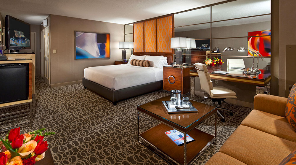 The importance of properly placed power outlets - طراحی داخلی و ایده های دکوراسیون مدرن هتل