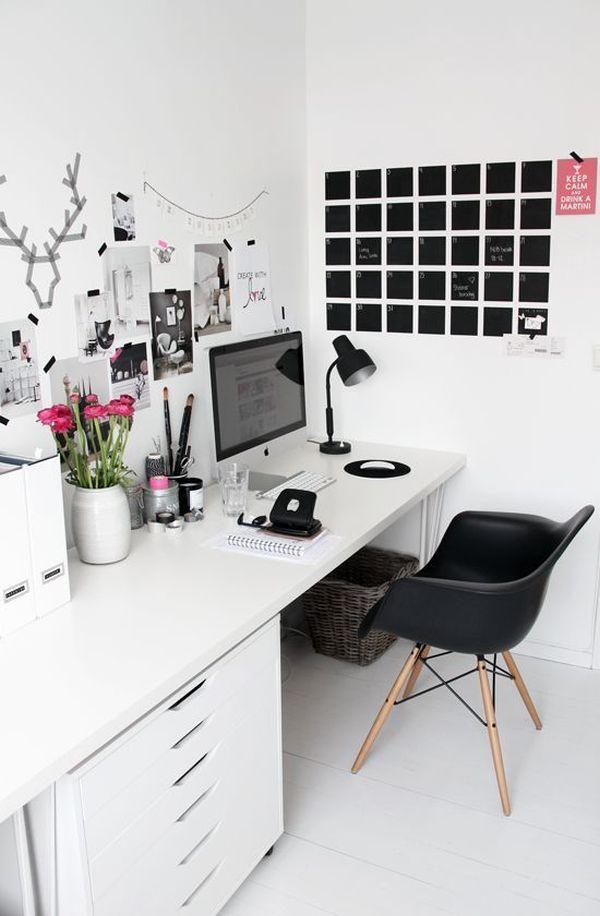 home office wal calendar - ۱۱ نکته در مورد تزئینات اداری برای افزایش بهرهوری شما
