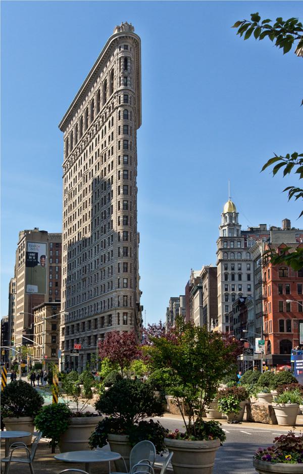 NYC Flatiron Building - ۲۰ نمونه از معماری مشهور جهان